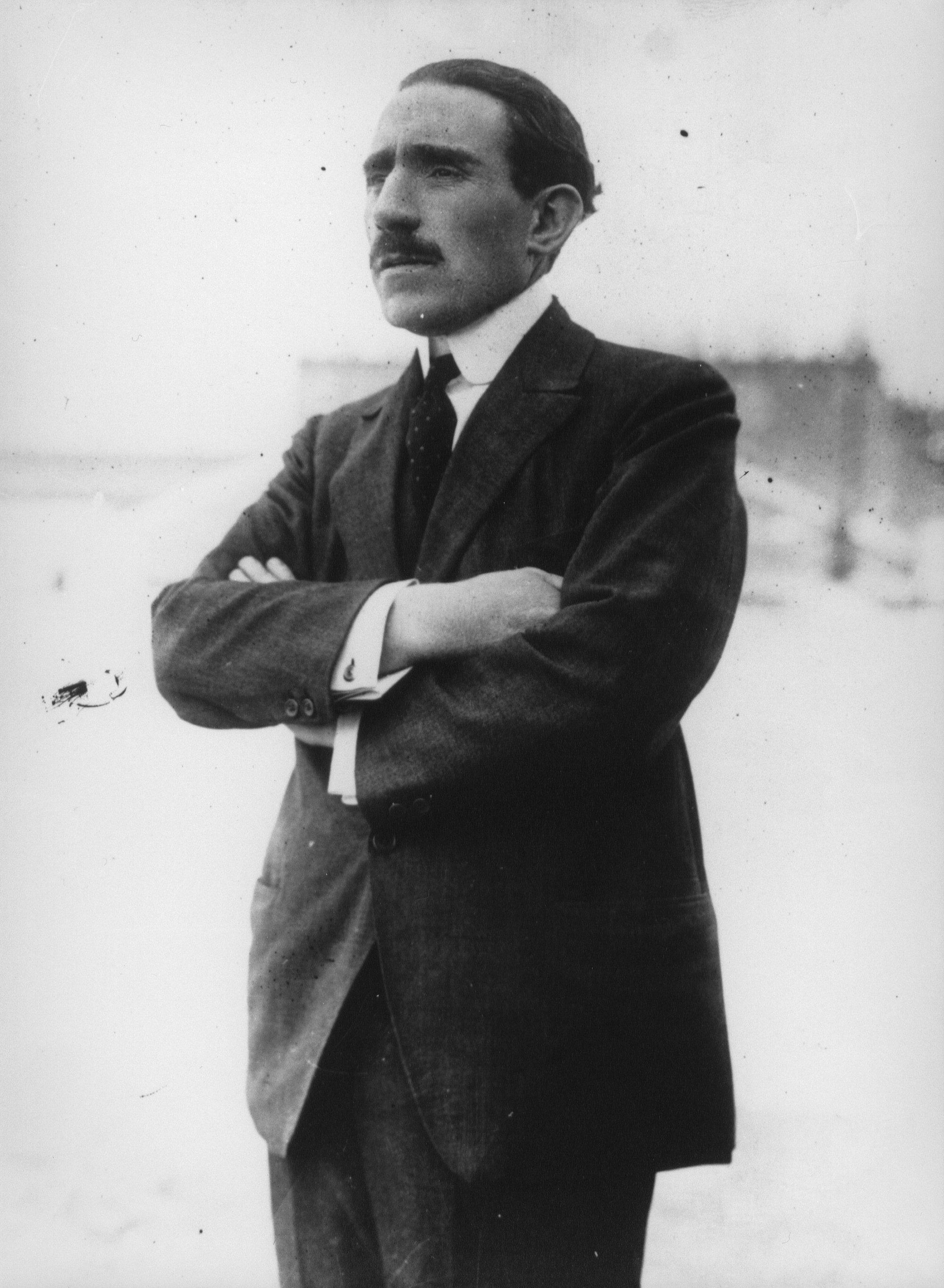 Louis-Renault-1926-jarmunaplo.hu