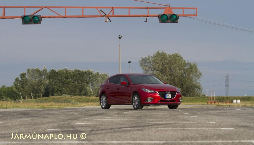 Mazda3-automotive-supplier-open-IMG_0614 - final